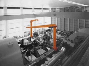 Boss søjlesvingkran til de tungeste og vanskeligste opgaver i industrien