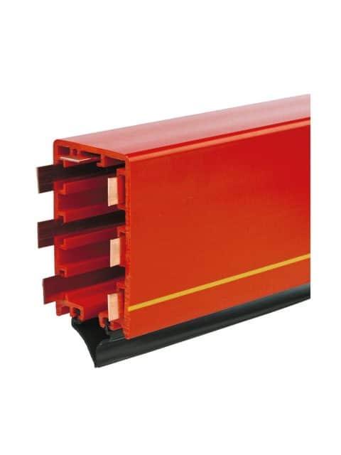 AKAPP strømskinnen er velegnet for ekstremt lange strømskinnebaner, høje kørehastigheder, kurvekørsel, sporskifter og kontinuerlig drift.