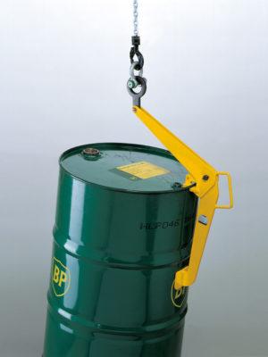 TFK tøndeløfter er et ideelt værktøj for anhugning og løft af tønder, hvor pladsen er trang