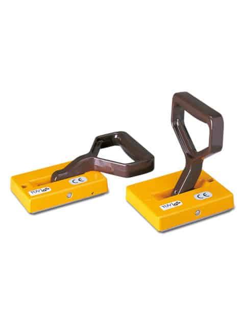 THM manuel håndmagnet anvendes til at transportere stålplader horisontalt og vertikalt