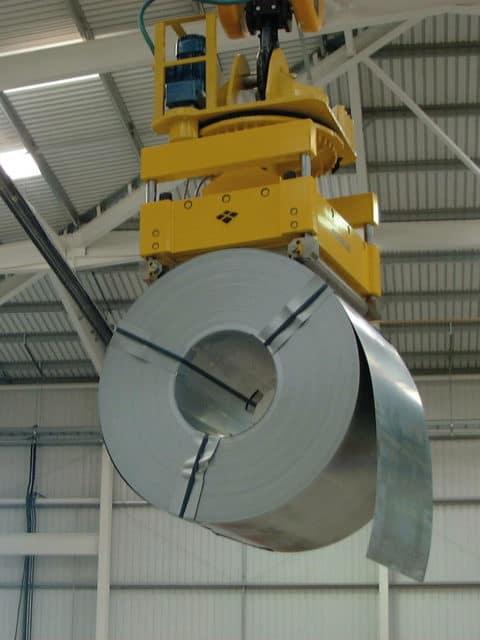 Løftemagnet for løft af coils fra horisontalt eller vertikal position